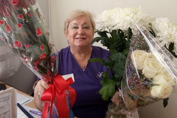 Светлана Николаевна окончила Челябинский государственный медицинский институт в 1983 году. С 1985-го работала в клинике ЧГМА (теперь ЮУГМУ) заведующей операционным блоком