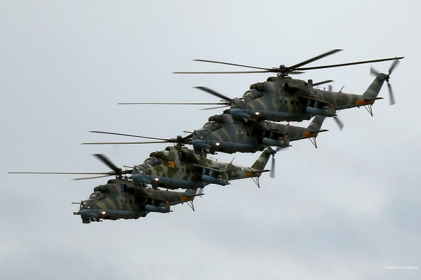 Над Екатеринбургом пролетят и самолеты, и вертолеты