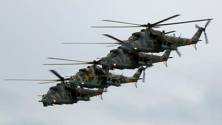 Бомбардировщики, истребители и вертолеты: военные раскрыли, какая техника пролетит над Екатеринбургом 9Мая