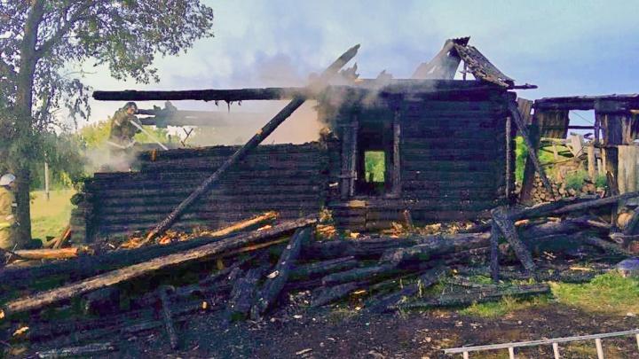 В Зауралье семья с детьми едва не сгорела в пожаре из-за курения