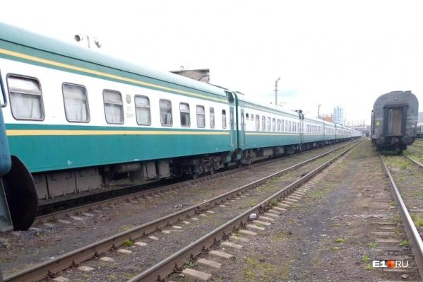 Сегодня из Екатеринбурга в Узбекистан отправили около 800 граждан Узбекистана