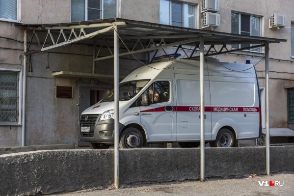 В госпитали Волгограда и области больных везут сотнями ежедневно