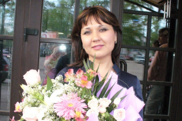 Женщина тратила похищенные деньги на своего мужа