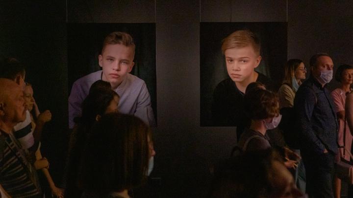 История про пацанов: в PERMM открылась выставка фотографии «Мальчики»