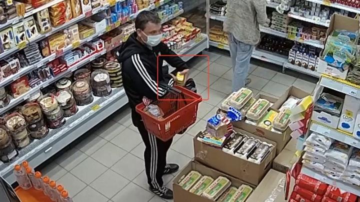 Воровали и увозили в Краснодар: раскрыта серия наглых краж в сетевых магазинах Камышина