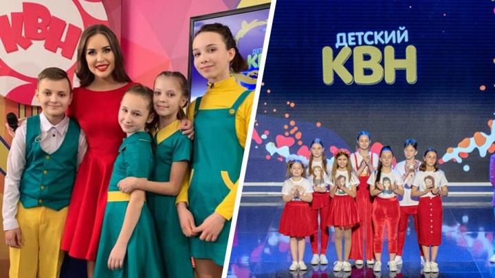 Юлия Михалкова из «Уральских пельменей» стала соведущей детского КВН