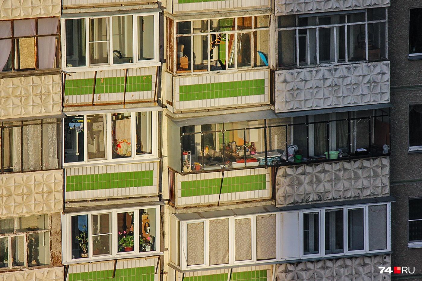 Держите на балконе только самое необходимое и малогабаритное