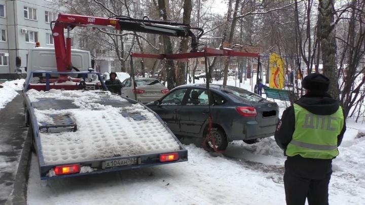 У жителя Тольятти отобрали машину за 1336 штрафов за нарушения ПДД