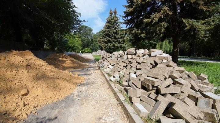 В администрации Ростова рассказали, когда закончится реконструкция парка Собино