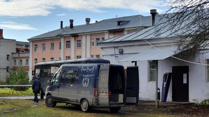 Есть ограничения: в ярославском Роспотребнадзоре объяснили, как должны проходить похороны