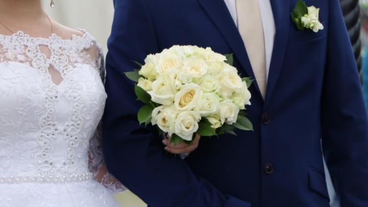 Нижегородцы не смогут жениться и разводиться до 1 июня