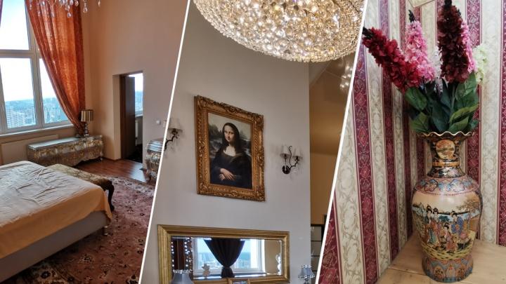 В Екатеринбурге восьмикомнатная квартира с «Моной Лизой» и запасом ковров подешевела на 5 миллионов
