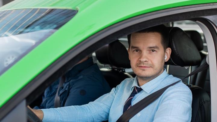 «Таксовичкоф» объединился с «Юнис-Ладой» в единую службу такси в Омске
