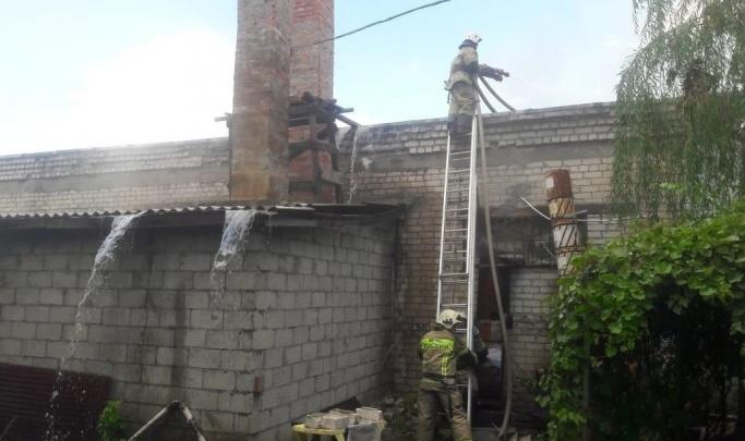 В Волгограде Росприроднадзор начал проверку по факту пожара на складе нефтепродуктов