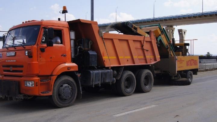«Мешают машины на тротуарах»: волгоградские власти объявили об уборке улиц от последствий зимы