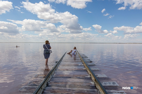 Соленые озера — места притяжения туристов в Сибири