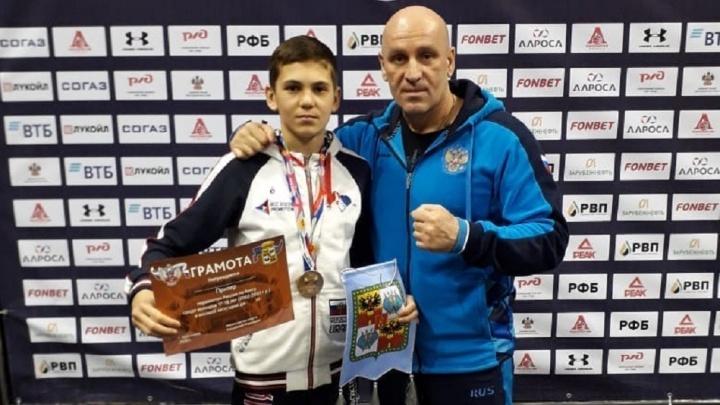 Уральский боксер Руслан Пиров вошел в состав юниорской национальной сборной