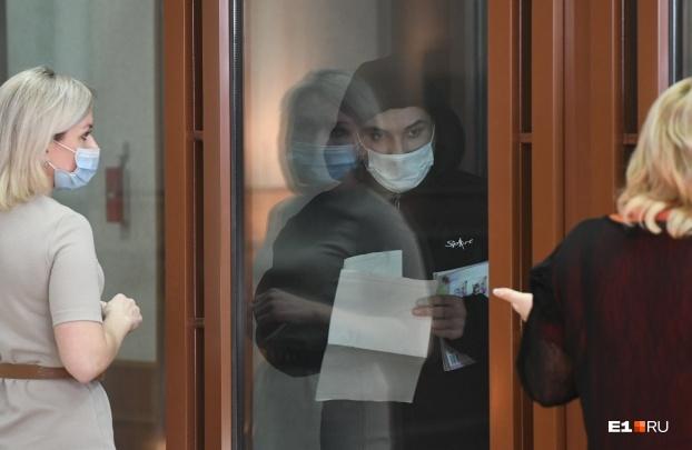 Превратили заседание в шоу: обвиняемый в расправе над Ксенией Каторгиной устроил скандал в зале суда