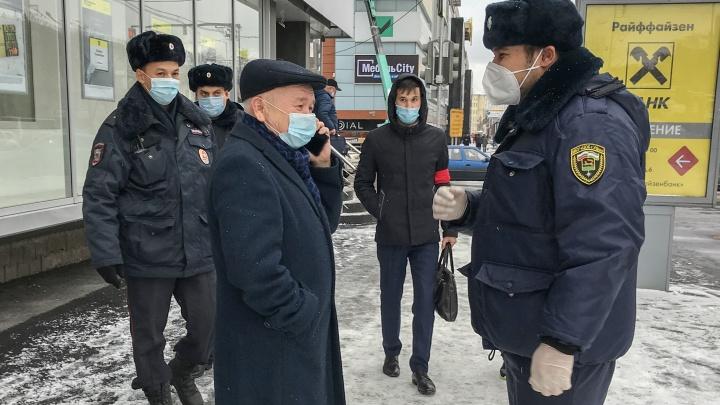 Глава Башкирии потребовал еще больше штрафовать нарушителей масочного режима