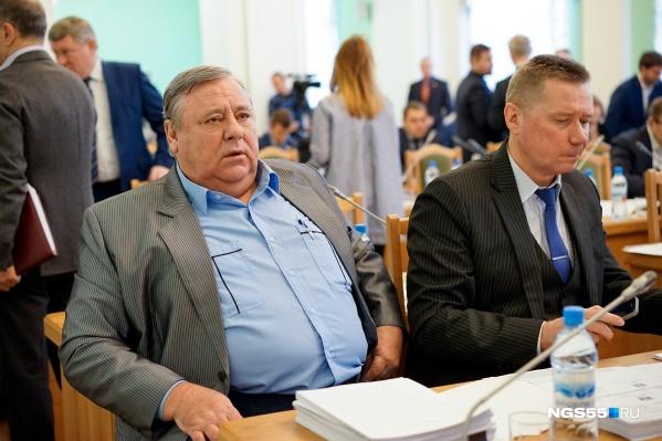 Николай Чираков (слева) долгие годы отдал работе в горсовете