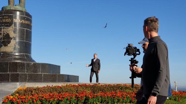 Леонид Парфенов снимает в Нижнем Новгороде фильм