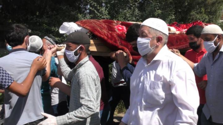 19-летнего парня, который погиб в Уфе, спасая ребенка, похоронили в Таджикистане