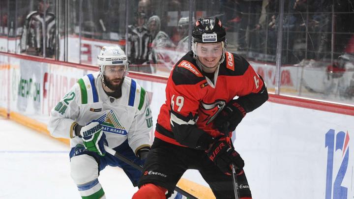 Здравствуй, «Салават»: как «Авангард» играл с уфимской командой в плей-офф КХЛ