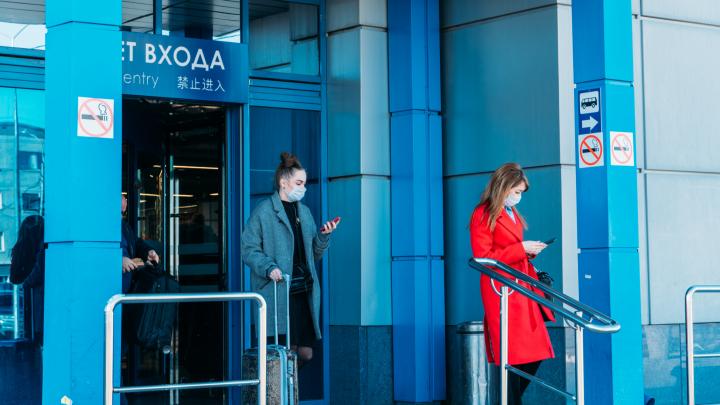 Вернувшихся из Москвы омичей будут отправлять на карантин: всё о пандемии в нашей трансляции