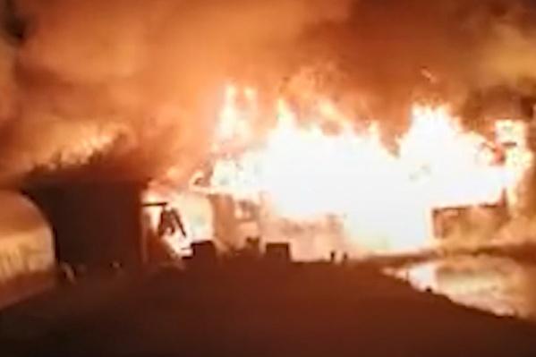 Дом сгорел за считаные минуты