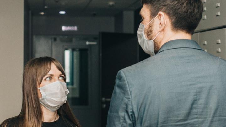 Пермяки рассказали, как у них на работе борются с коронавирусом