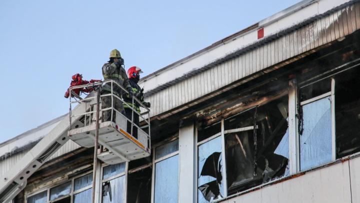 «Там дым валил, вообще кошмар»: репортаж с пожара на уфимской станции переливания крови