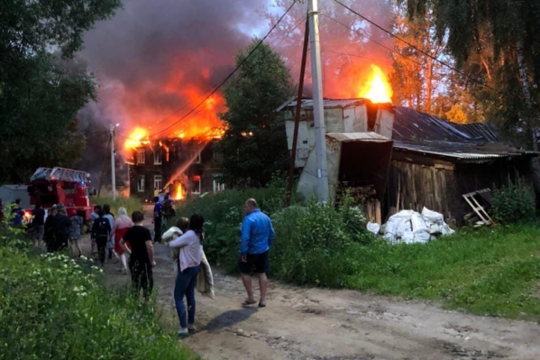 Пожар в многоквартирном доме в Переславле-Залесском вспыхнул в ночь на субботу