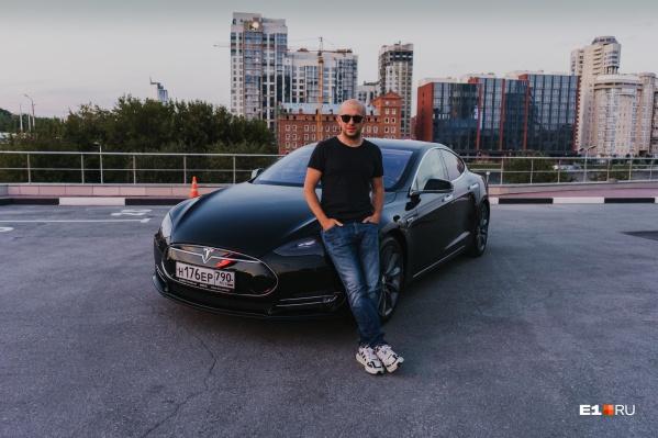 Сергей Ременник арендовал машину у своего товарища