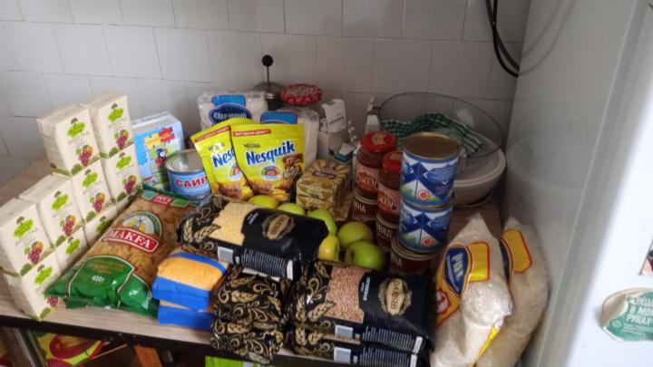 Убрали колбасу и добавили какао: в Тюмени раздали новые сухпайки для школьников