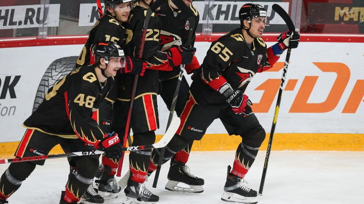 Стали известны зарплаты самых высокооплачиваемых хоккеистов «Авангарда» этого сезона