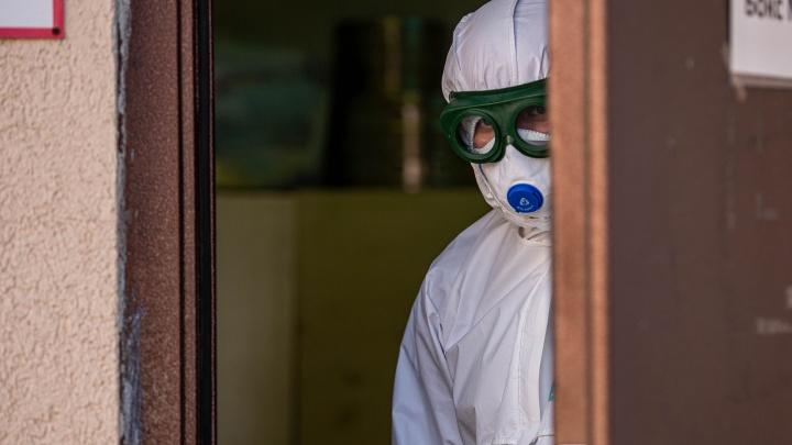 Тюменец заразил коронавирусом строителей медцентра в Бурятии