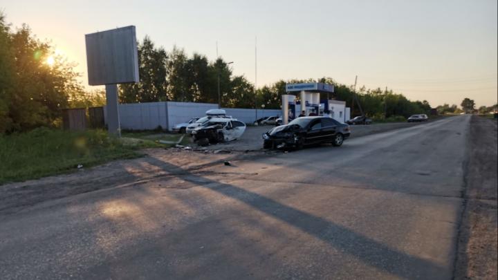 Под Курганом пьяный водитель на Merсedes устроил тройное ДТП