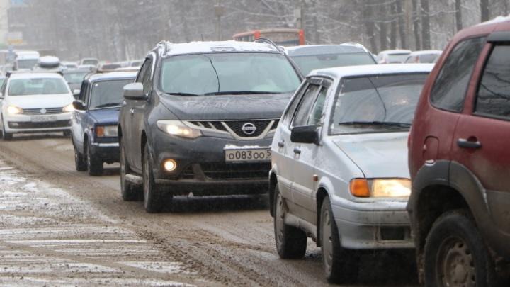 Гололед, понедельник, пробки: в Нижнем Новгороде 9 баллов