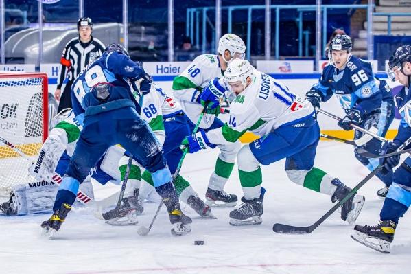 Игра прошла на льду ЛДС «Сибирь»