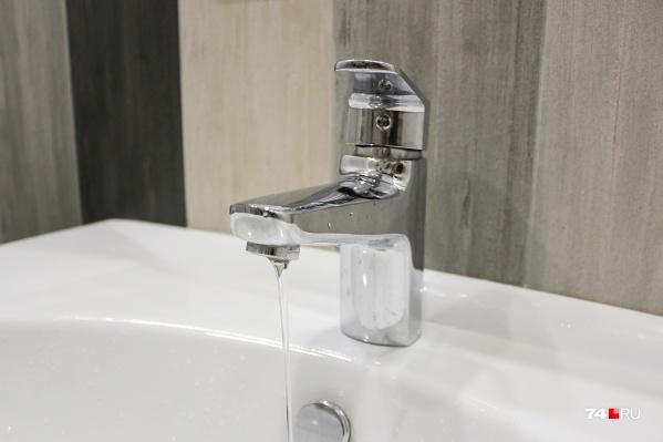 В ПАО «КГК» говорят, что проведение гидравлических испытаний осложняется сразу несколькими факторами, из-за чего горожанам возвращают горячую воду позже установленных сроков