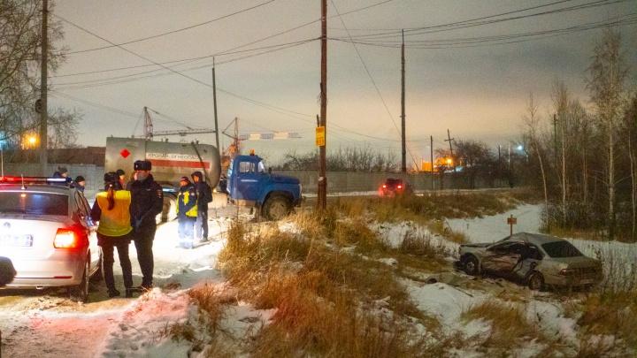 Стали известны подробности аварии в Нефтяниках, где погибли два человека