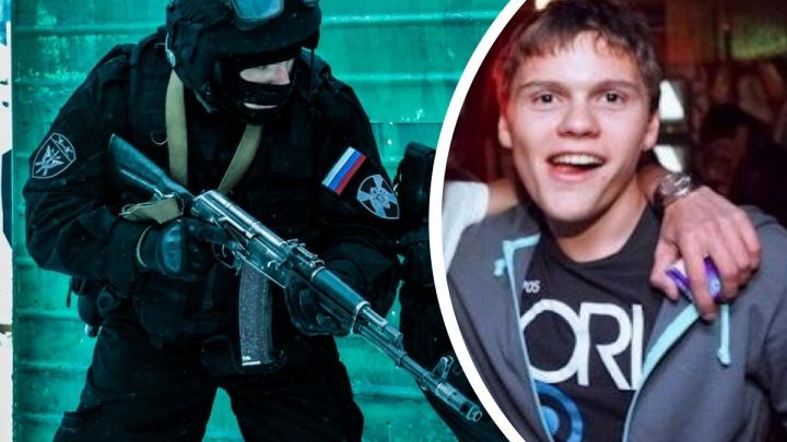 По Таушанкову стреляли из автомата и двух пистолетов: новые подробности штурма на ЖБИ