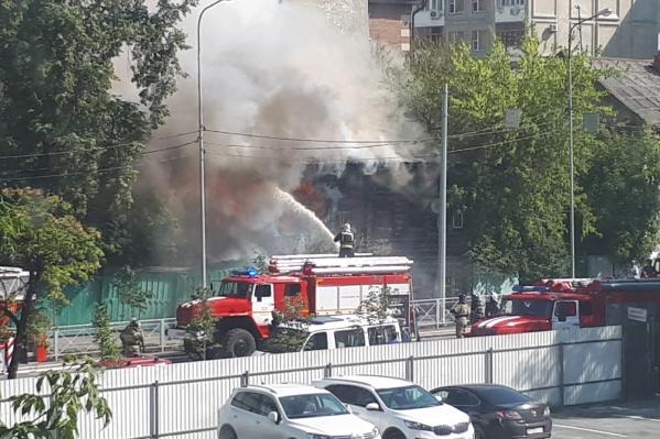На месте работают спасатели, очевидцы видели машины скорой помощи