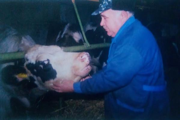 Василий Ляпин 30 лет работал ветеринаром в Казанском районе Тюменской области<br><br>
