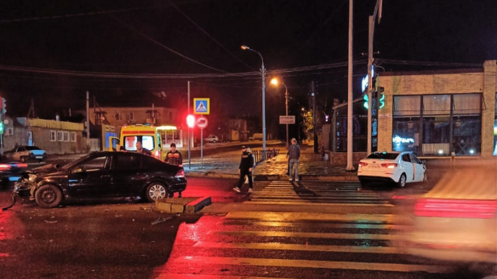 В центре Волгограда в «пьяном» ДТП пострадал хирург Дубовской ЦРБ