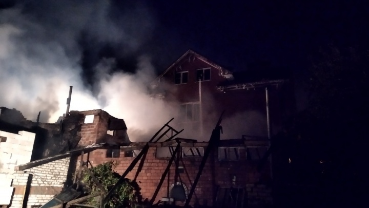 Пожар на улице Кащенко: из дома милосердия пришлось эвакуировать 26 человек