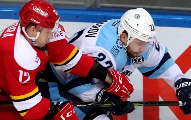 ХК «Сибирь» в выездном матче проиграл команде из Пекина