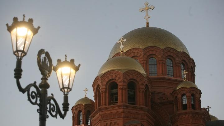 Храм везде: Александровский сад в центре Волгограда глазами фотографа