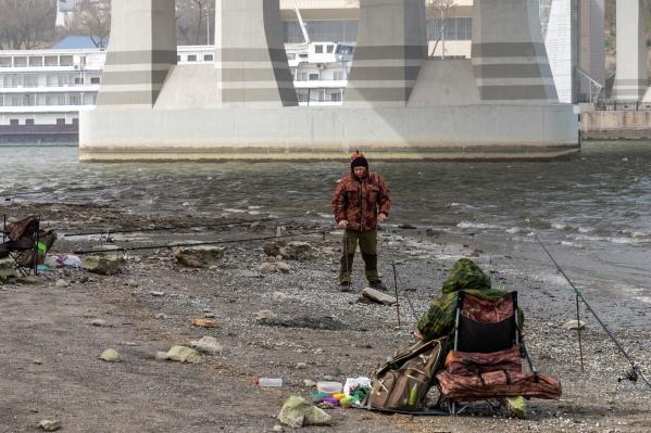 Обмеление рыбалке не помеха