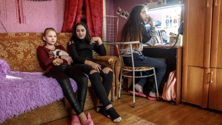 Волгоградским школьникам вывели годовые оценки без учёта дистанционного обучения на самоизоляции
